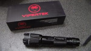 how many volts does a vipertek taser have