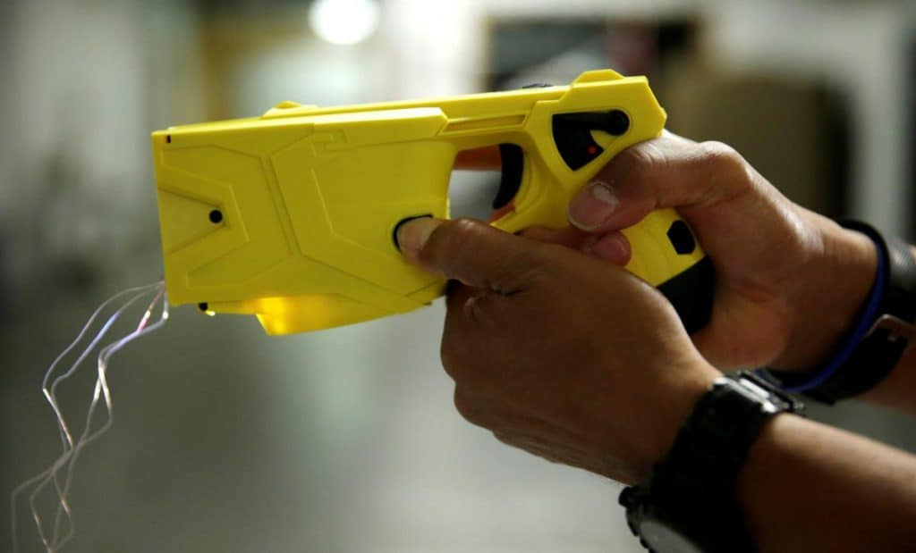 how many volts in a taser